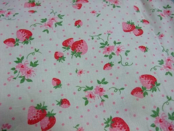 日布麻布-草莓.jpg