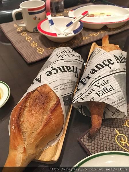 覺得麵包很好吃