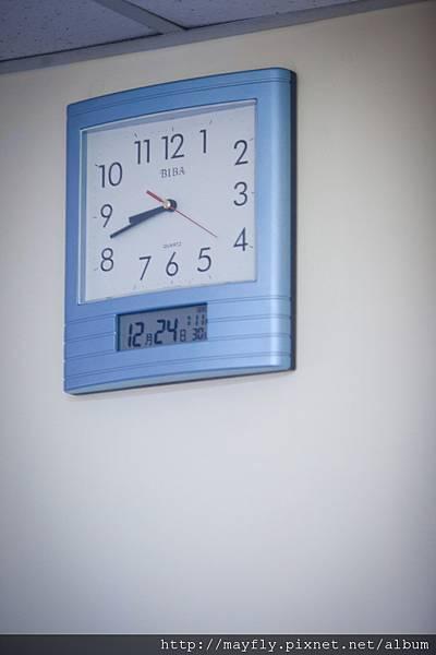 看了很久才認出來是我家時鐘