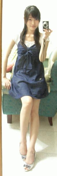 衣服是妹妹送的,好喜歡^^