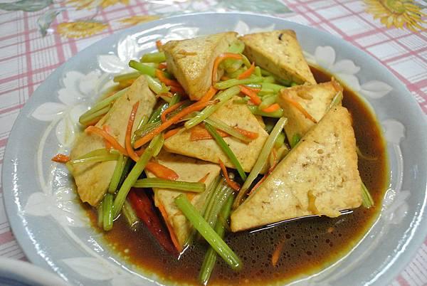 紅燒豆腐~吃不完