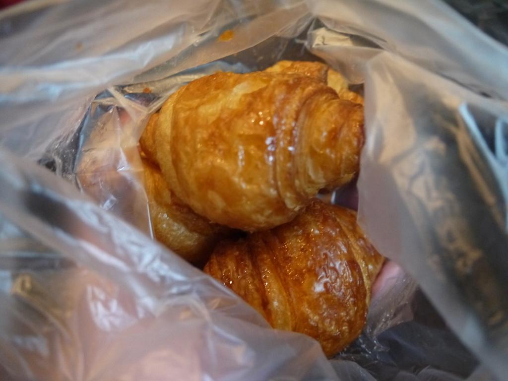 牛角麵包06.JPG