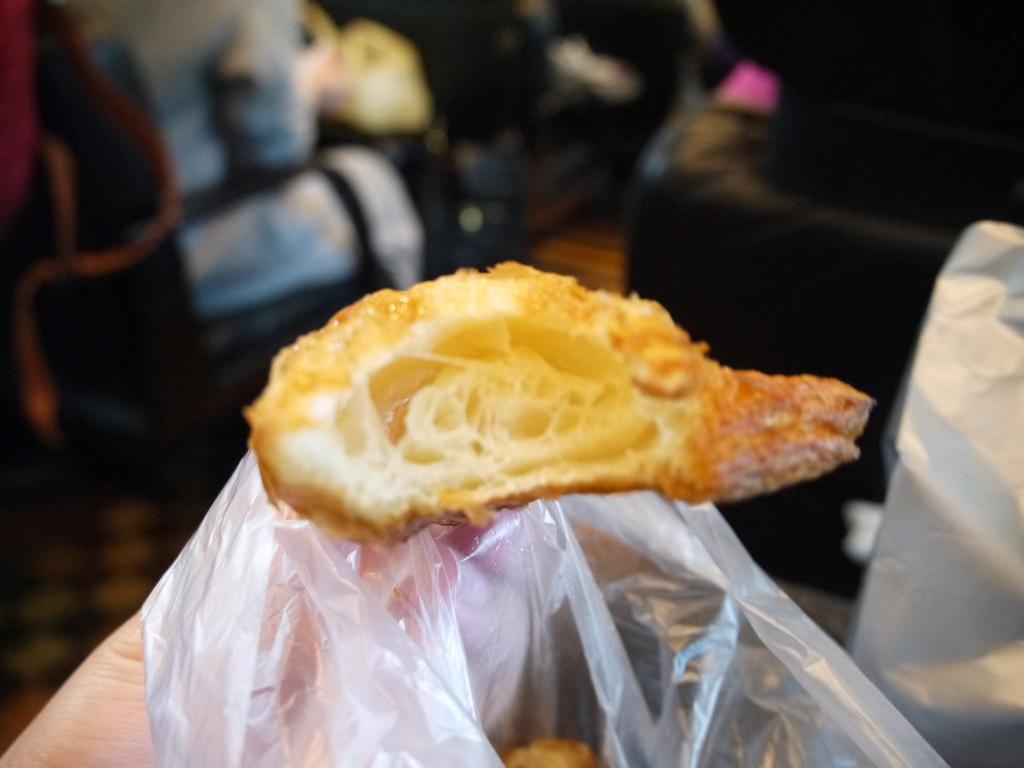 牛角麵包07.JPG