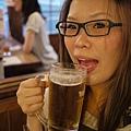 耶~ビールが大好き!! XD