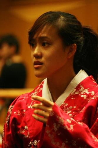 深情的女主角綾子(陳昭婷)