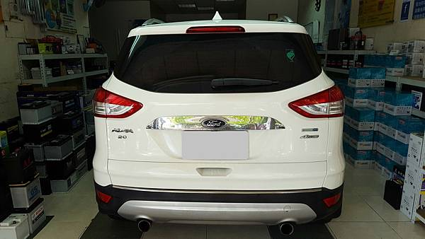 Ford2015KUGA_8988.jpg