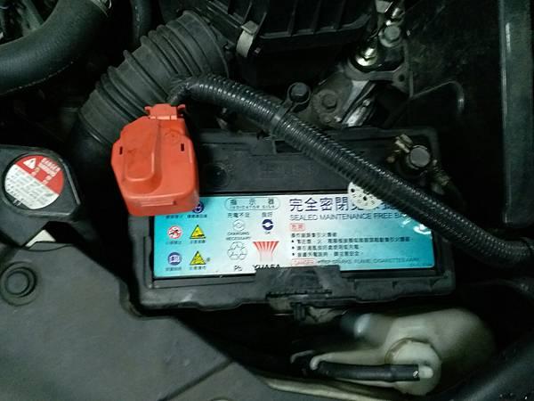 喜美8代電瓶更換2011_180120_0006.jpg