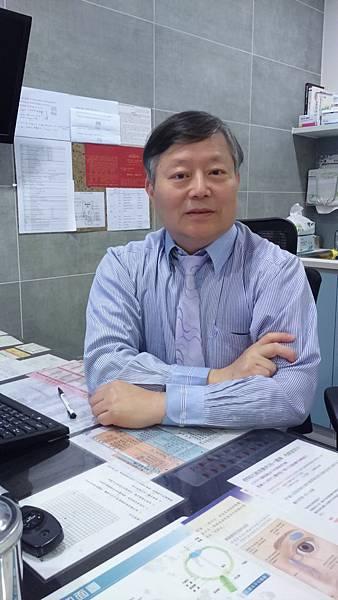 眼科 陳永豐.JPG