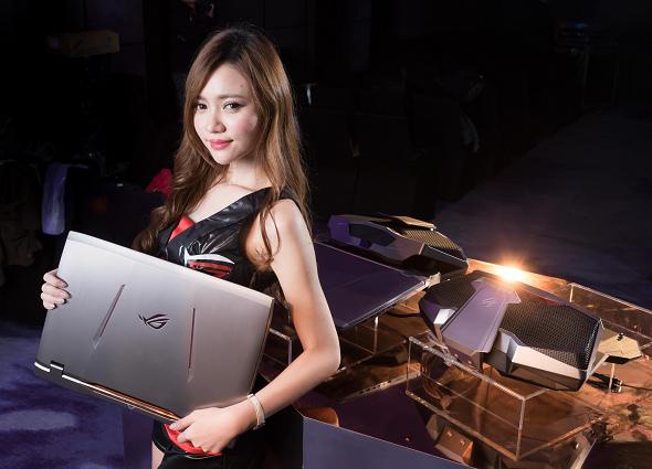 nEO_IMG_ROG玩家共和國世界唯一水冷式超頻電競筆電—「ROG GX700」.jpg