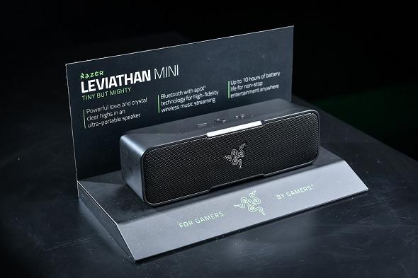 nEO_IMG_6. Razer Leviathan Mini 外觀雖小,卻能輸出強大低音與水晶般清澈高音,呈現天籟般美聲品質.jpg