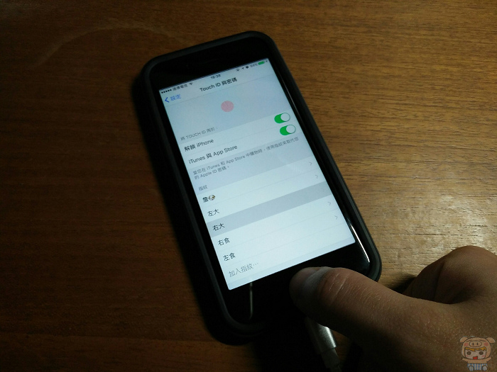 nEO_IMG_Touch ID_170207_0007.jpg