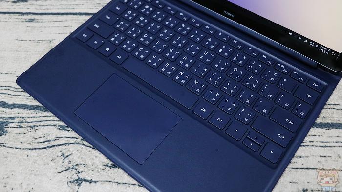 輕薄可攜,新一代二合一筆電 HUAWEI MateBook E 開箱 - 19