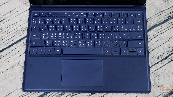 輕薄可攜,新一代二合一筆電 HUAWEI MateBook E 開箱 - 18