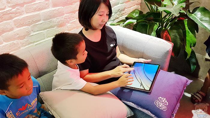 輕薄可攜,新一代二合一筆電 HUAWEI MateBook E 開箱 - 43