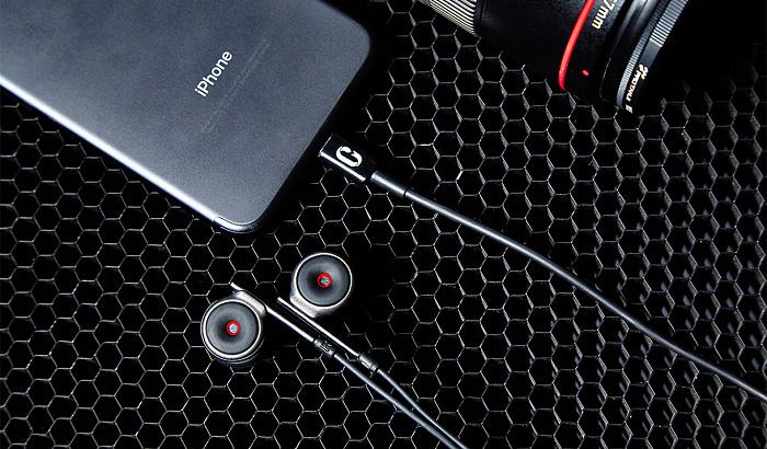 nEO_IMG_SCENES森聲3D全景聲錄音耳機iPhone套組 情境-1.jpg