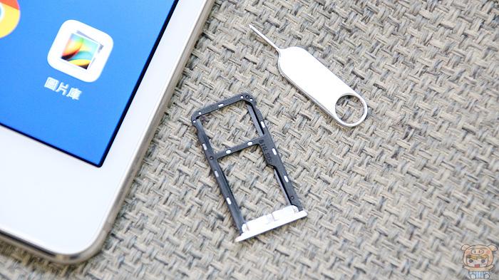 大畫面、震撼音效,HUAWEI MediaPad M3 Lite 開箱實測 - 12