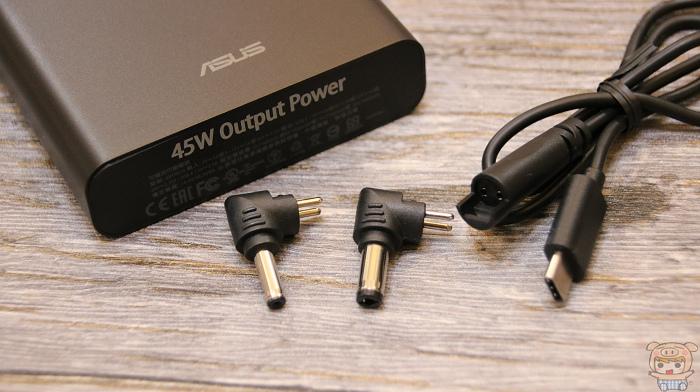 小巧超可攜、支援筆電,ASUS ZenPower Pro (PD) 開箱評測 - 4