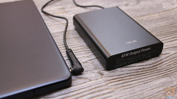 小巧超可攜、支援筆電,ASUS ZenPower Pro (PD) 開箱評測 - 14