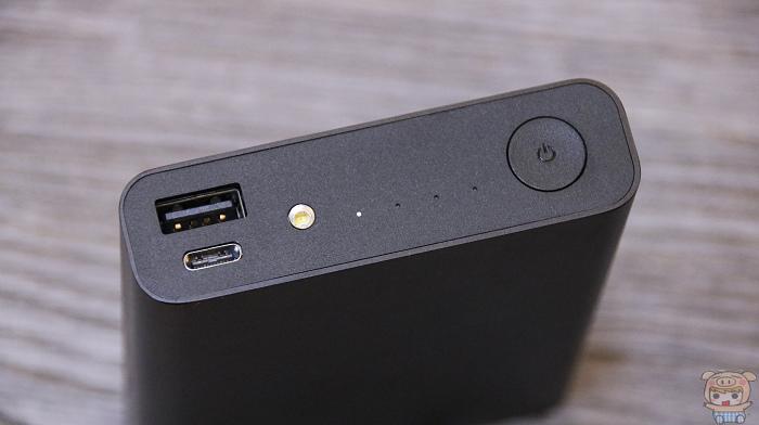 小巧超可攜、支援筆電,ASUS ZenPower Pro (PD) 開箱評測 - 9