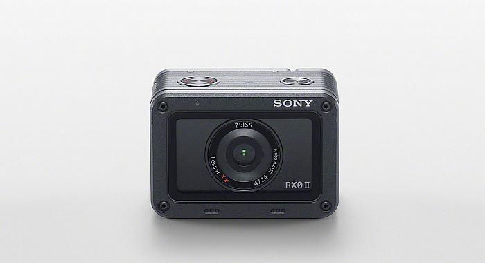 nEO_IMG_圖2) Sony RX0 II 的極小化機身集結了 Sony 多樣先進科技,具備精準優異的色彩重現能力,以及高效的影像處理速度。.jpg