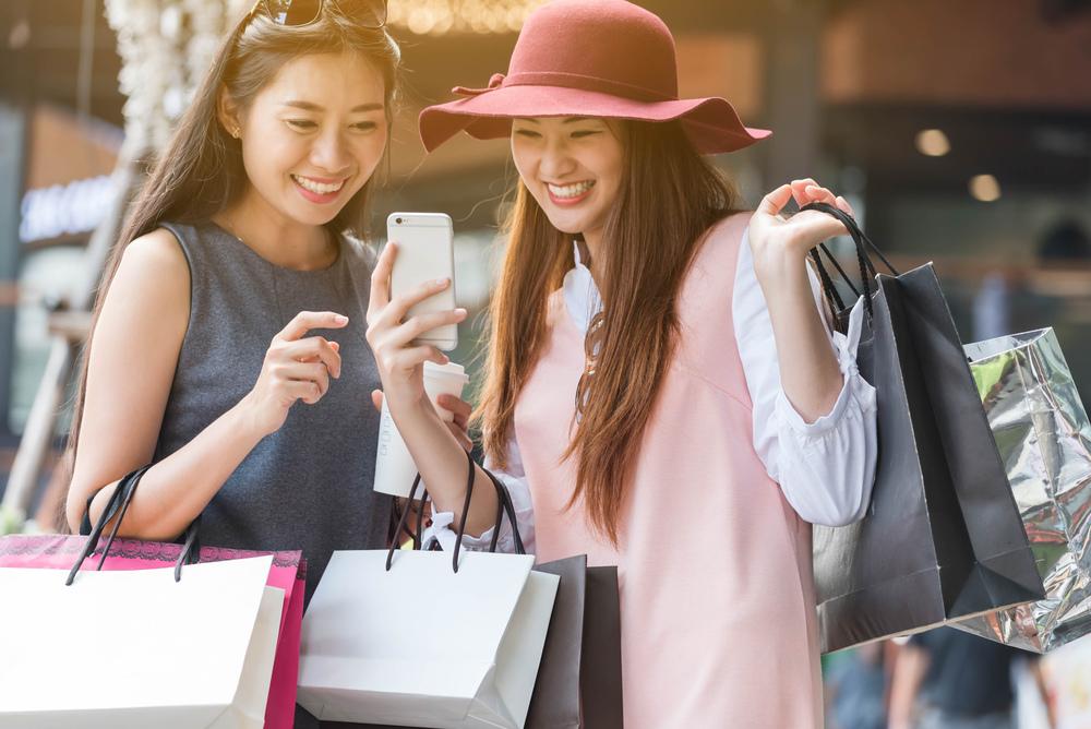 歡慶5G得標!台灣之星推限量福袋 包包商品一目了然、狂撒$370萬 福袋一:單購商品不用搭門號 $999起 把AirPods 2、Switch ....jpg