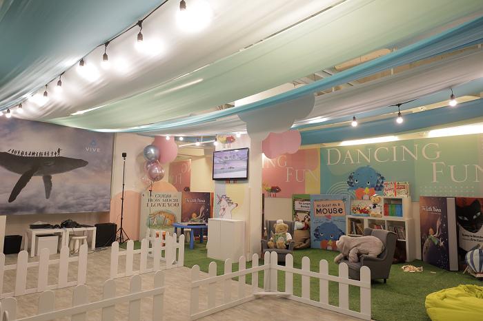 nEO_IMG_HTC新聞圖檔(HTC與台北晶華合作打造VR兒童遊戲室).jpg