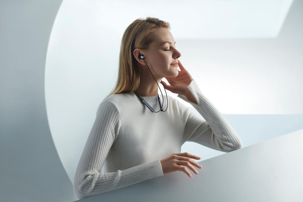vivo無線藍牙耳機-HP2055,頸帶弧度採人體工學設計配戴舒適。.jpg