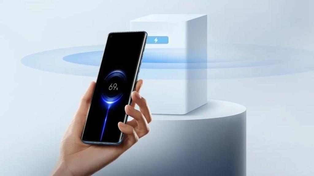 小米全球首發革命性的「小米隔空充電技術」,擺脫線材與設備限制,讓真無線充電時代來臨!.JPG