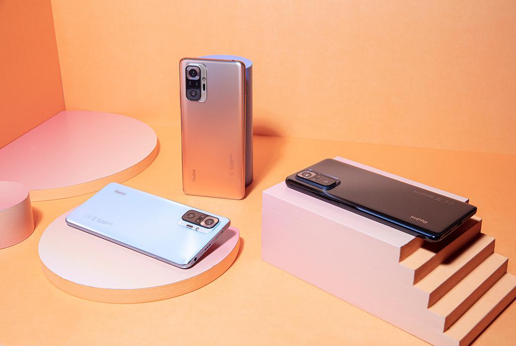 小米台灣宣布在台灣市場推出Redmi Note 10 Pro,首次將1億像素及120Hz螢幕更新率帶進Redmi系列,將以往旗艦機才會配備的規格,導入萬元內的中階機款,延續Redmi提供最領先科技的承諾,堅持做重新定義中階旗艦的王者。 (1).jpg