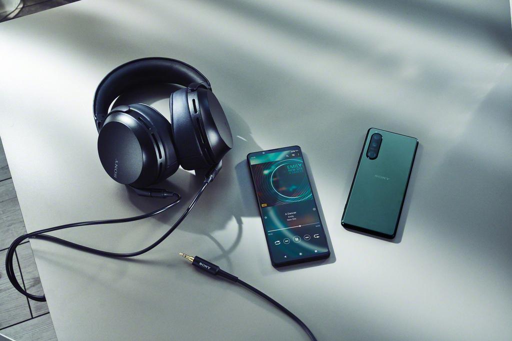 Xperia 1 III%26;Xperia 5 III_Audio_Mid.jpg