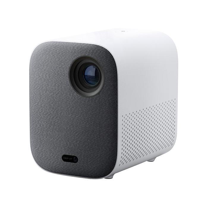 nEO_IMG_「小米智慧投影機 2」外型小巧、不佔空間,投影在牆上即可享有高畫質大螢幕、逼真環繞音效,提供更具彈性的影音娛樂選擇。.jpg