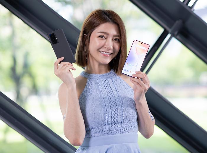 nEO_IMG_vivo X70系列預購開紅盤,銷量較上一代成長2.2倍。.jpg