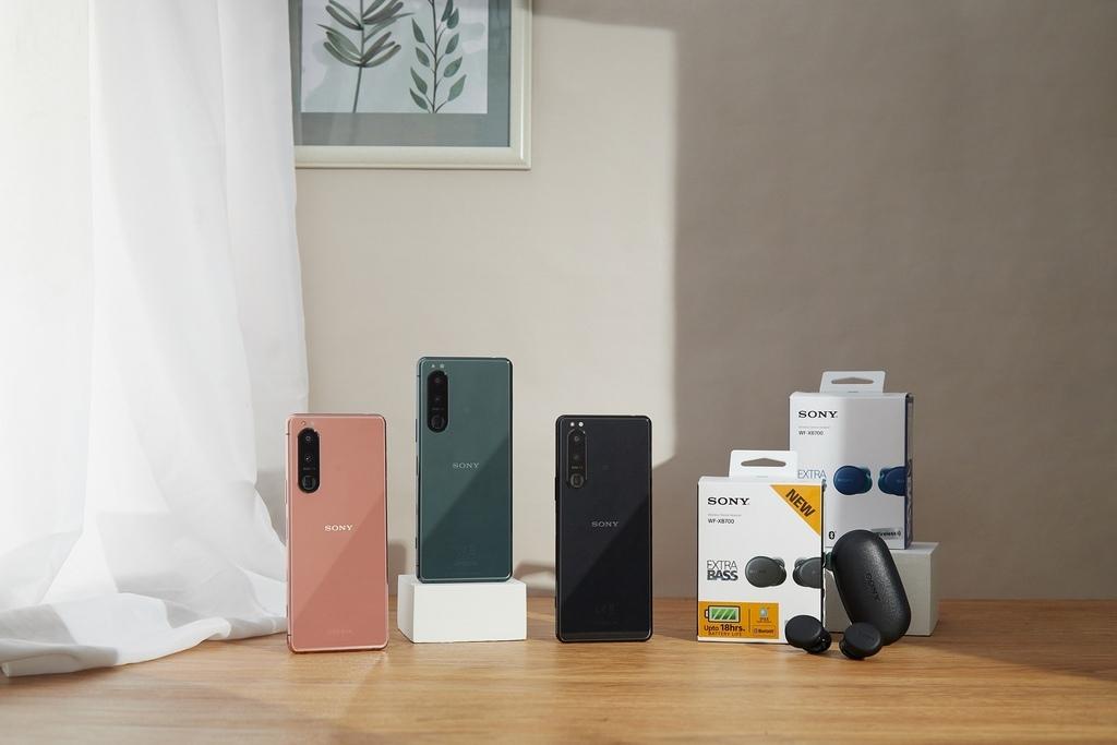 圖說四、10月31日前至Sony Mobile行動通訊專賣店選購Xperia 5 III,隨貨贈送Sony真無限重低音耳機WF-XB700(2)....jpg