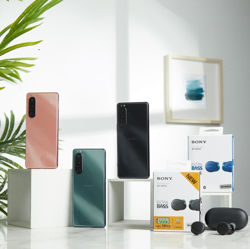 圖說四、10月31日前至Sony Mobile行動通訊專賣店選購Xperia 5 III,隨貨贈送Sony真無限重低音耳機WF-XB700(1)....jpg