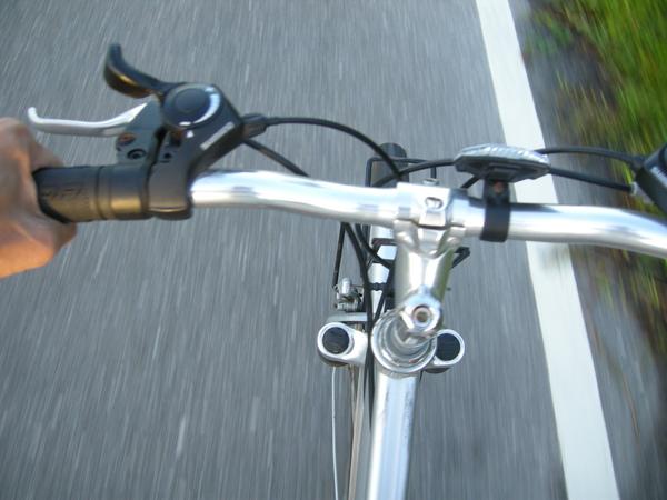 13在單車上自拍.JPG