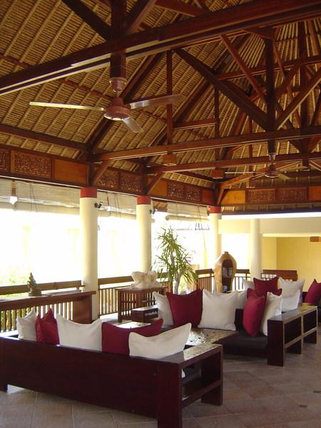 Mutiara Suites Lobby