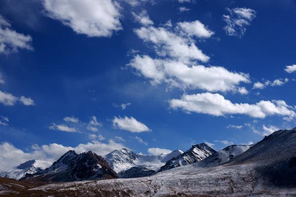 帕米爾高原 藍白.jpg