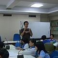 國鼎老師細心解釋今日試敎目的與應注意事項.JPG