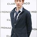 club_monaco_56