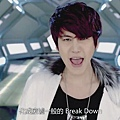 break_down_mv.mp4_000194152