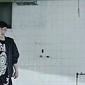 INFINITE _Back_ Official MV.mp4_000160785.jpg