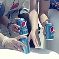cola_infinite.mp4_000083291.jpg