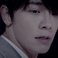 SUPER JUNIOR-D&E_(Growing Pains)_Music Video.mp4_000073239.jpg