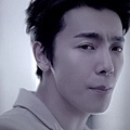 SUPER JUNIOR-D&E_(Growing Pains)_Music Video.mp4_000157323.jpg