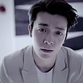 SUPER JUNIOR-D&E_(Growing Pains)_Music Video.mp4_000190356.jpg