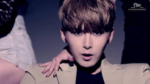 Super Junior_Devil_Music Video.mp4_000148481.jpg