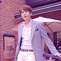 Super Junior _Magic_Music Video.mp4_000072447.jpg