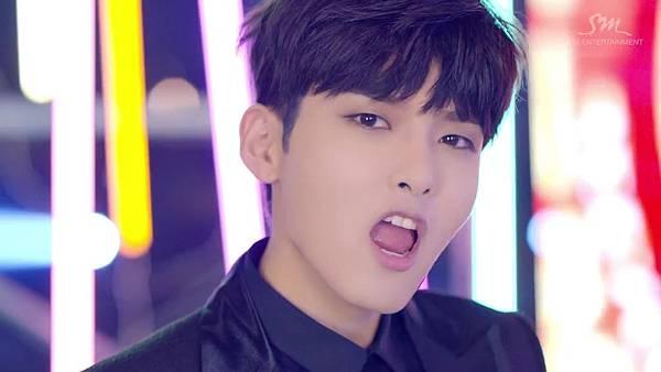 Super Junior _Magic_Music Video.mp4_000197572.jpg