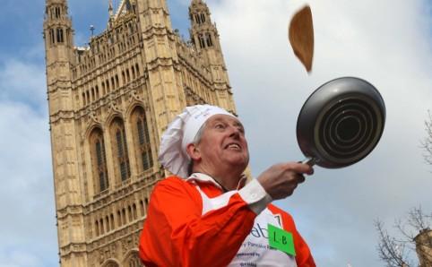 pancake race.jpg