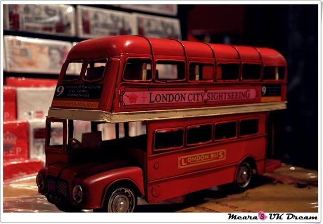 LondonbustourDSC_1380-20120816-205510